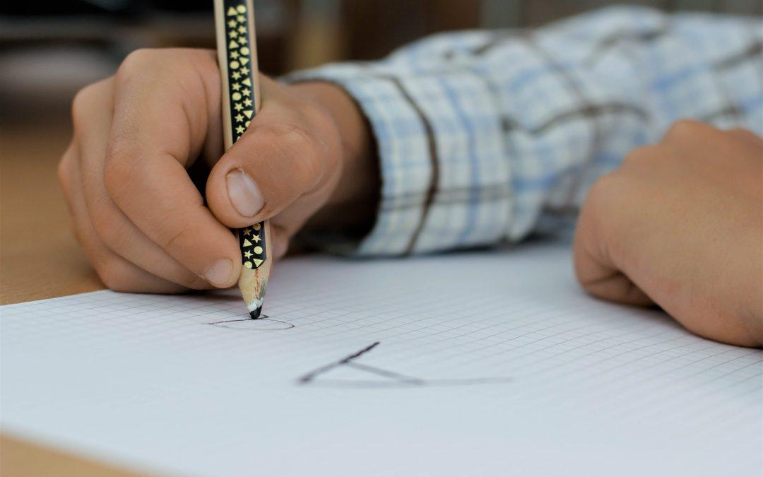 ANÓNIMOS: ¿Escribe una mujer o escribe un hombre?